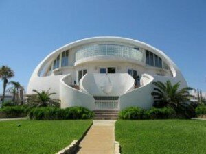 Dome House 300x225 Top 10 Most Unique House In The World