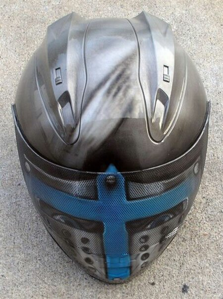 the most creative helmets design The cross Knight The Most Creative Helmets  Design