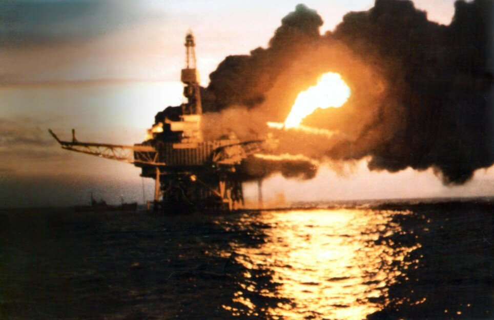 top 10 most biggest accident in history Piper Alpha Oil Rig