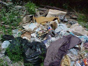 illegal trash in los angeles america 300x225 10 Interesting Facts About Recycling