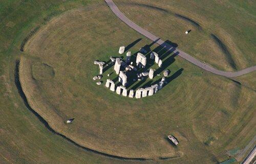 Stonehenge facts: Types of stones in Stonehenge