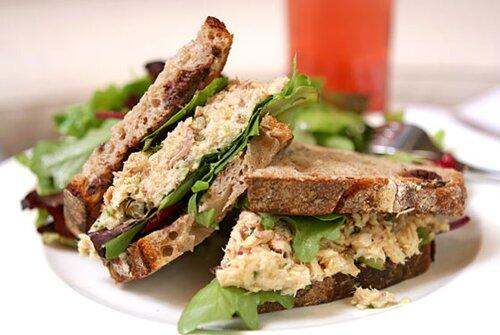 Subway nutrition facts: Tuna Sandwich