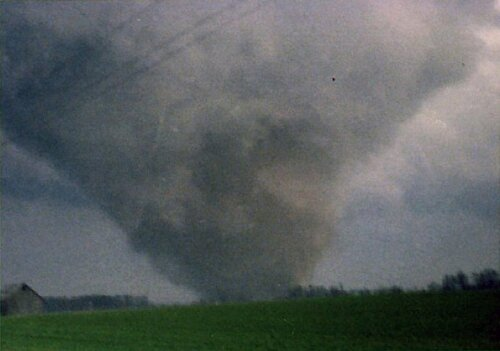 Tornado facts damage1 10 Interesting Tornado Facts