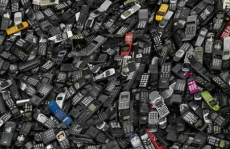 Cell phone facts: cell phone garbage