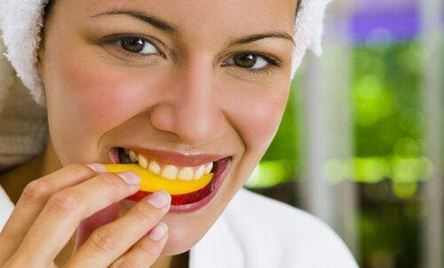 Orange facts: eating orange