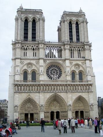Paris facts Notre Dame Cathedral1 10 Interesting Paris Facts
