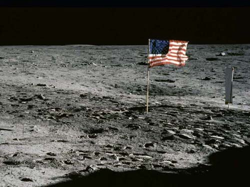 Moon facts: American flag on moon