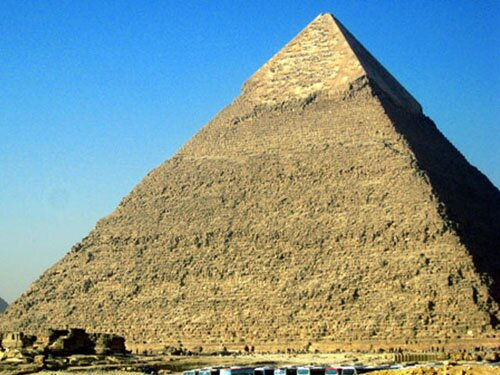 Pyramid facts Khufus Great Pyramid 10 Interesting Pyramid Facts