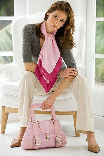 women facts: handbag