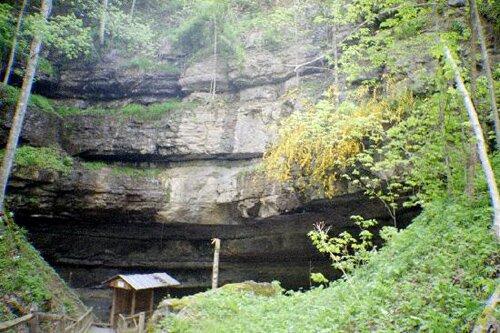 West Virginia facts: organ cave