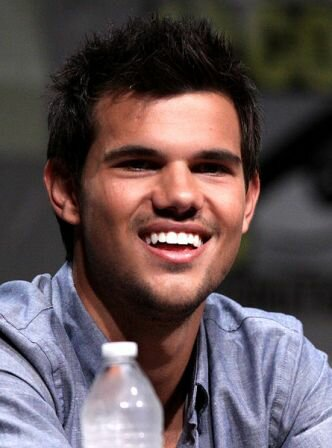 Facts about Taylor Lautner - Taylor Lautner