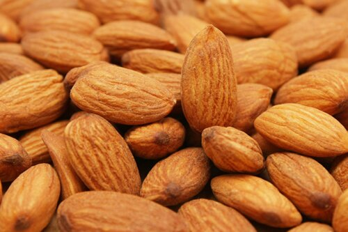 Almonds nutrition facts: Allergy