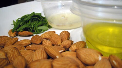 Almonds nutrition facts: Almonds benefits