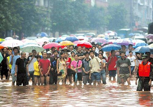 Flood facts: People in flood