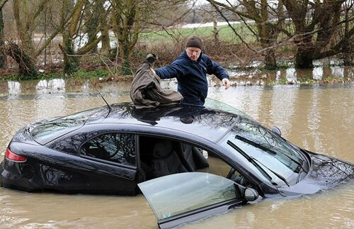 Flood facts: a car in a flood