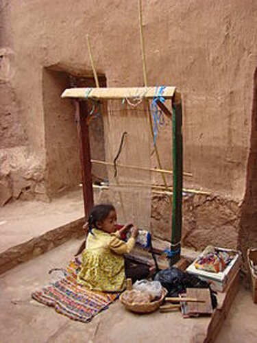 Child labour facts: Young girl working