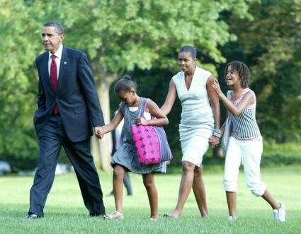 Obama facts: Obama with his Family