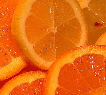 Orange facts: slices of orange