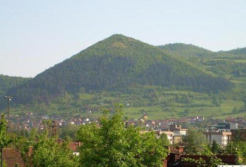 Pyramid facts: Bosnia Pyramid