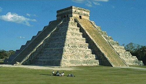 Pyramid facts: Mayan Pyramid