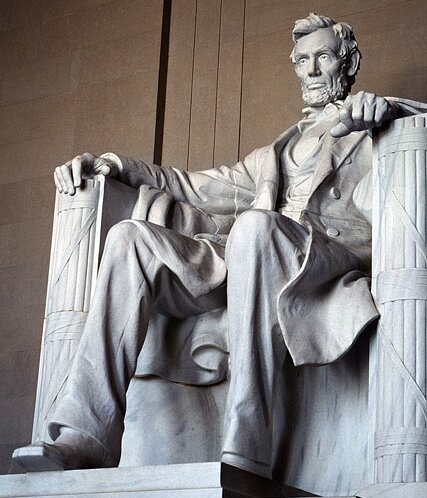 Abraham Lincoln facts: abraham lincoln statue