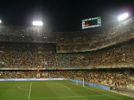 Facts about Valencia - Stadium