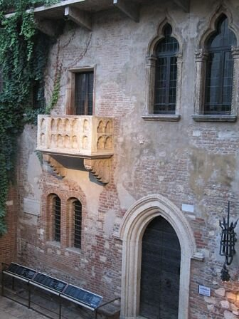 Facts about Verona Italy - Juliet's Balcony