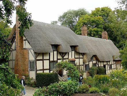 Facts about Stratford Upon Avon - Hathaway Cottage