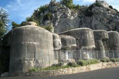 Facts about Maginot Line