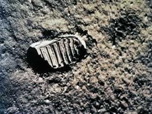 Moon Landing Step